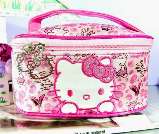 bolsinha-necessaire-maquiagem-hello-kitty-i-love-pink-11.jpg