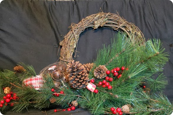 Woodsy Wreath 1