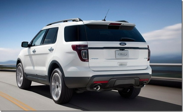 Ford-Explorer_Sport_2013_800x600_wallpaper_0a