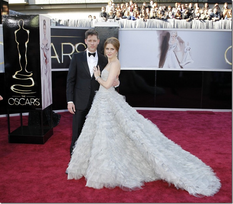 347687-oscars-2013-red-carpet-arrivals