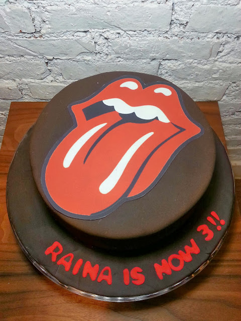 Spatula And Friends Rolling Stone Cake