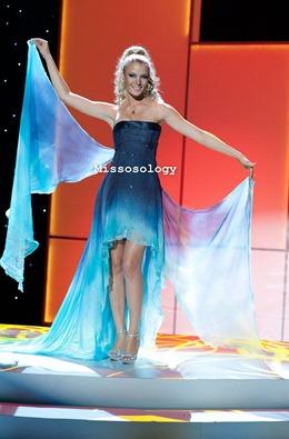 miss-uni-2011-costumes-2