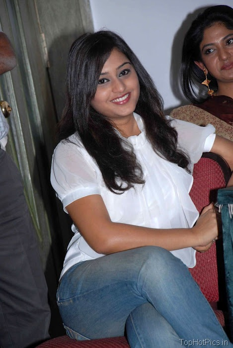 Ramya Barna Hot Pics in Red Top and Short Jeans 6