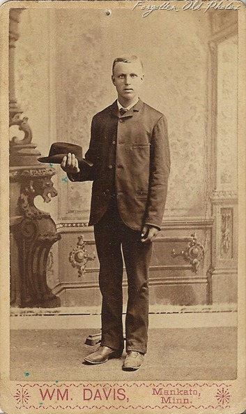 CdV Man with hat Fergus Falls Antiques