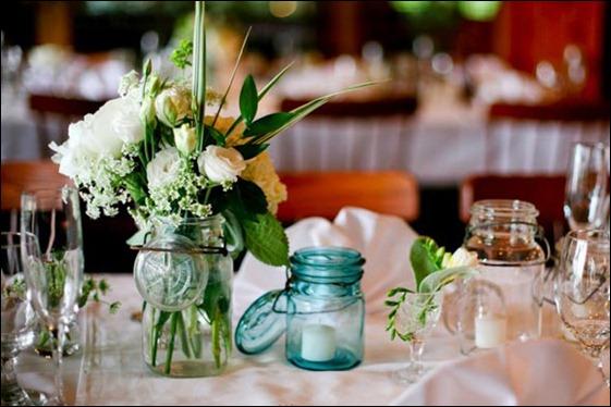 mason-jar-centerpieces-orchardcovephoto-590hw031510