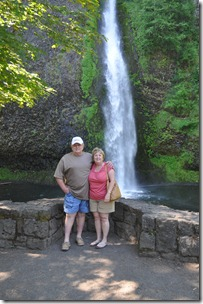 Touring the Gorge (waterfalls), Or 080