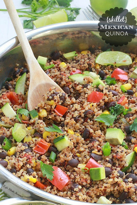 {One Skillet} Mexican Quinoa - An easy and healthy meatless quinoa dish made all in one pan with your favorite Mexican flavors ---@LifeMadeSweeter.jpg