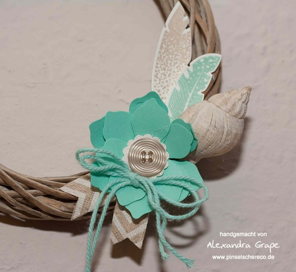 stampin-up__four-feathers_federn_jade_alexandra-grape_01