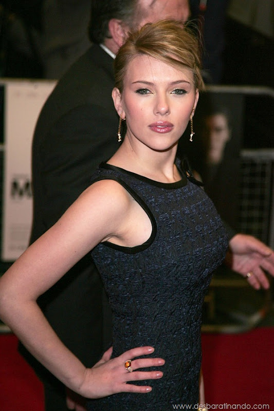 Scarlett Johansson  arriving   at the UK premiere of  the movie Match Point, Curzon Mayfair, London. © Axel