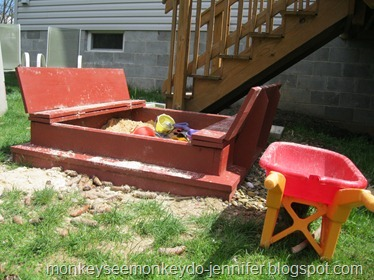 sandbox with lid that turns into benches