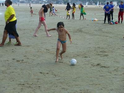 Enfant Foot Plage JOV 2011