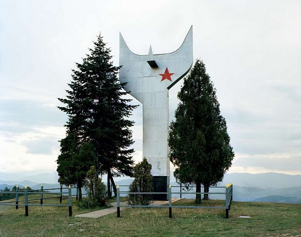 abandoned yugoslavian monuments by jan kempenaers 4