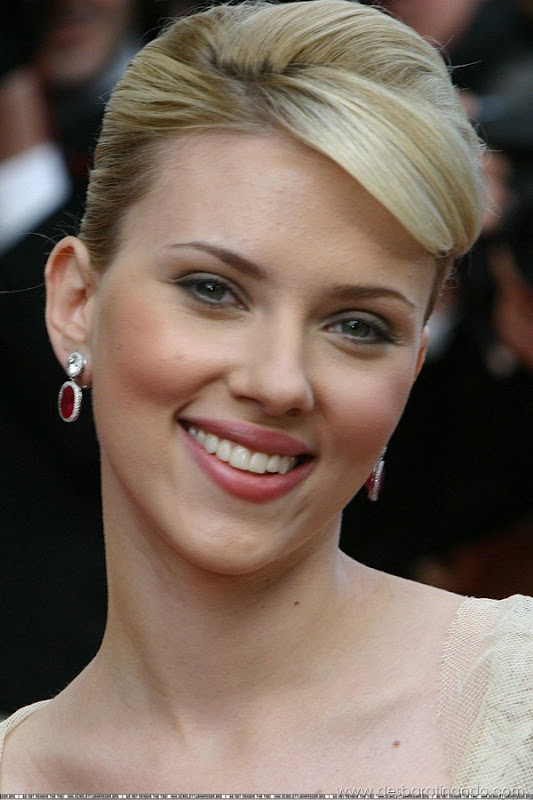 scarlett-johansson-linda-sensual-sexy-sexdutora-tits-boobs-boob-peitos-desbaratinando-sexta-proibida (465)