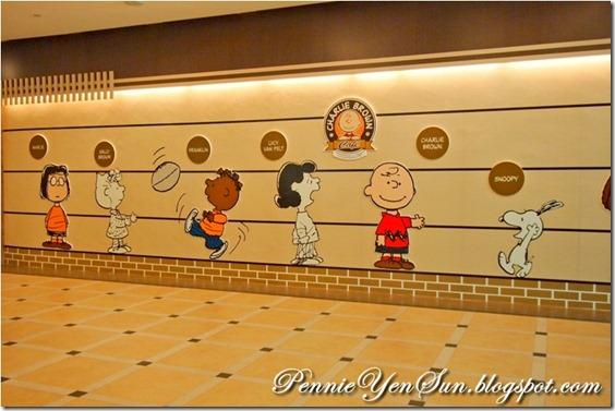 Charlie Brown Cafe (48)