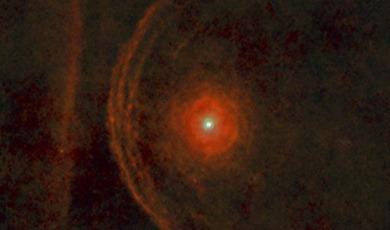 arco ao redor da estrela Betelgeuse