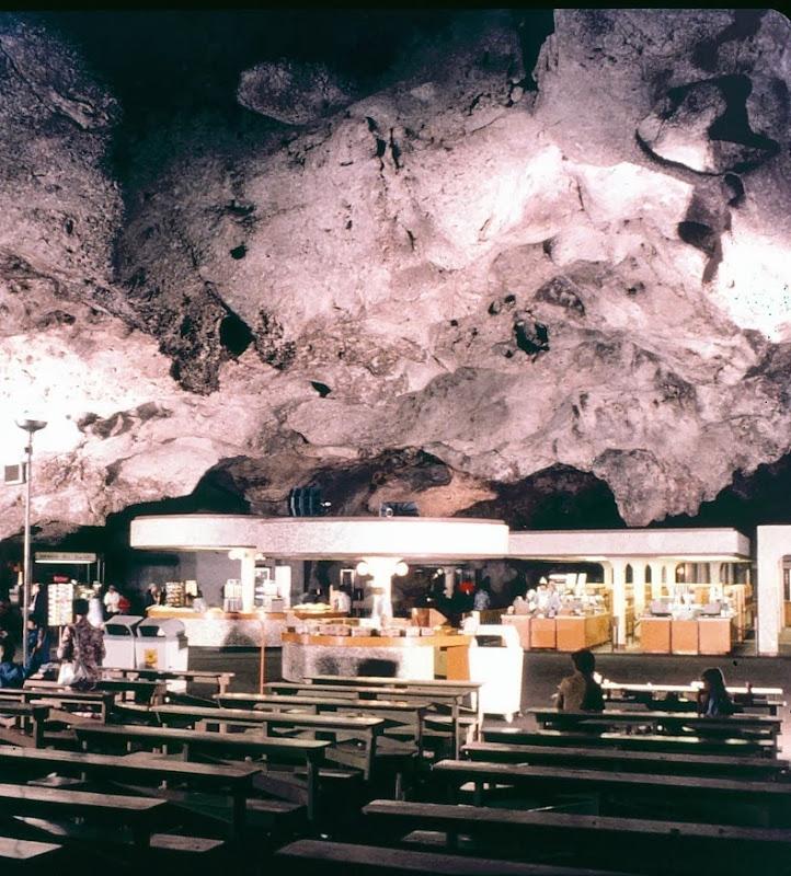 underground-lunchroom-7