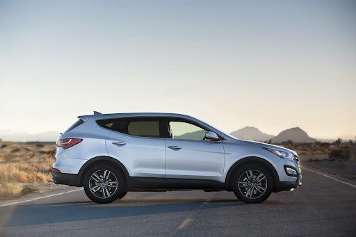 2013-Hyundai-Santa-Fe-Sport-10.jpg