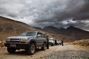 Jeeps in Tibet