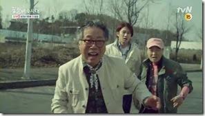 희봉할배의애드립꼼수 설상가상 tvN [꽃할배수사대] 3차 티저(30-) - YouTube.MP4_000002833_thumb[1]