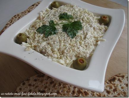 Salată de ţelină cu piept de pui