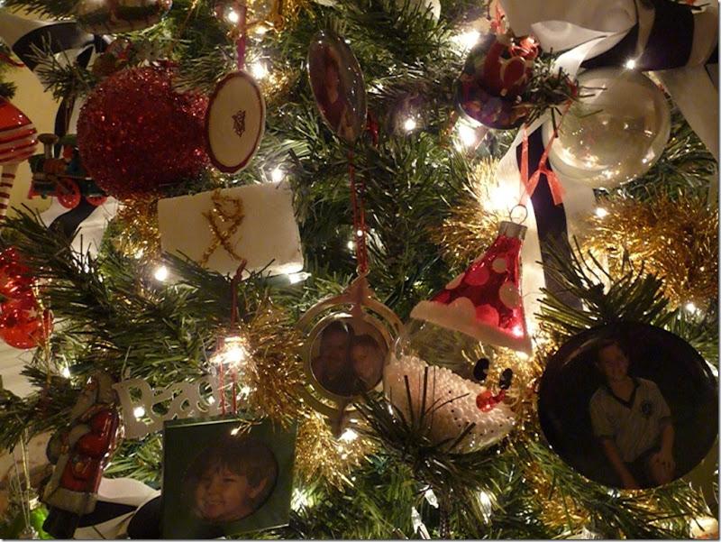 Christmas tree 2011 040 (800x600)