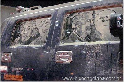 Desenhos em vidros de carros sujos 4