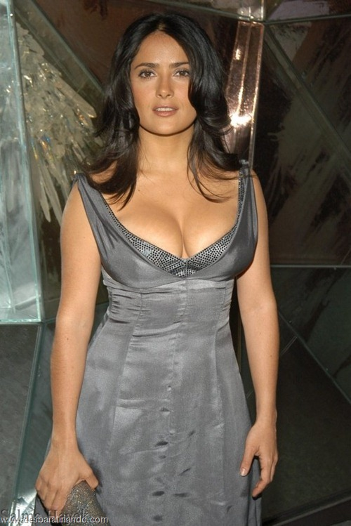 salma hayek linda sensual sexy sedutora gostosa peituda boob tits desbaratinando  (31)