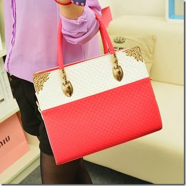 U833 Red (202.000) PU Leather, 31x25x10, 1kg