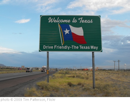 'Welcome to Texas' photo (c) 2009, Tim Patterson - license: http://creativecommons.org/licenses/by-sa/2.0/