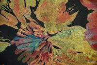 Tkanina meblowa w kolorowe kwiaty. Czarna. 503.