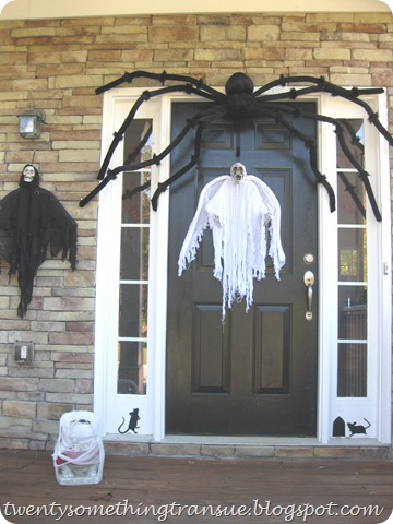 Halloween Front Porch 003