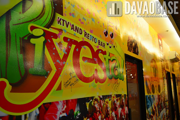 Colorful walls in PiYESta KTV and Resto Bar