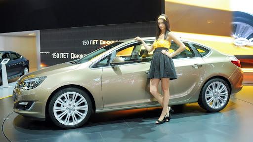http://lh5.ggpht.com/-33qM4tiV4bE/UES212EtwTI/AAAAAAAAiBk/olD2BOvGw9s/2013-Opel-Astra-Sedan-Moscow-Live-01.jpg