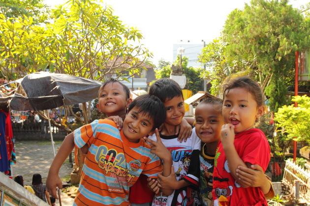 Smiling Balinese Kids at Sukowati market, Bali, Indonesia