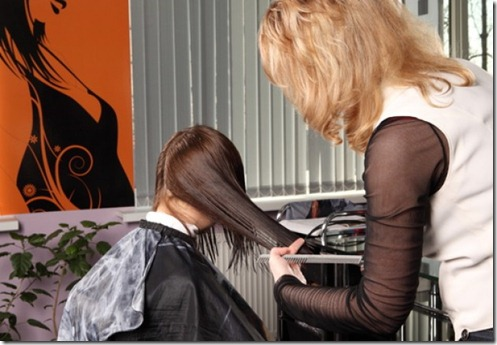 tesoura-estilista-da-bacia-corte-de-cabelo_3339880