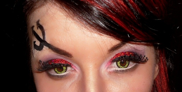 005-halloween-sexy-devil-makeup