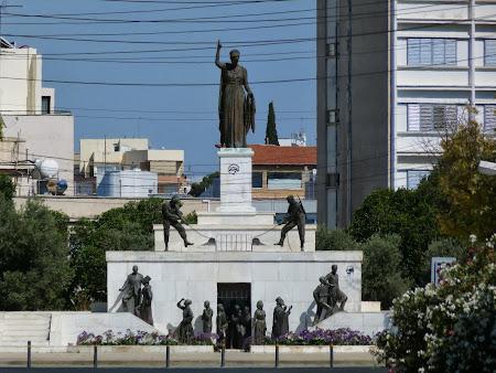 Obiective turistice Nicosia:. Statuia Libertatii