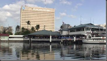 manila harbor yacht club sailboat cruising