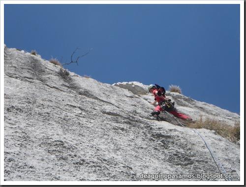 Via Intrusos 350m MD  7a  (6b A0 Oblig) (Alto Les Palanques, Picos de Europa) (Isra) 9089