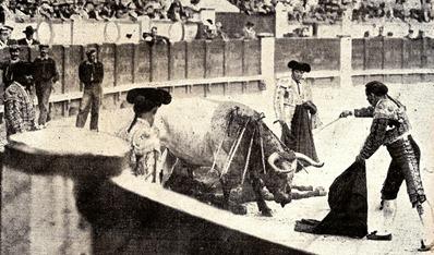 1903-07-05 (p. 9 SyS) Bonarillo descabello al tercero 001