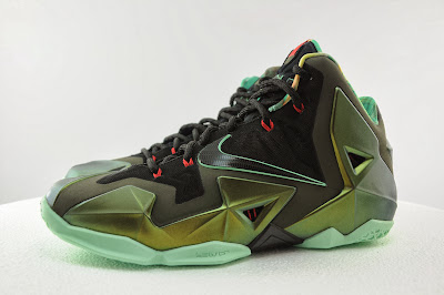 nike lebron 11 gr king of the jungle 2 04 kings pride King of the Jungle LeBron 11 is Only Five Days Away!