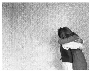 hug_by_Hidden_target