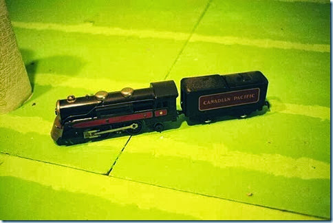 Marx #3000 Canadian Pacific type Loco & Tender