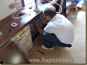 Монтаж счетчиков пива в пивном ресторане