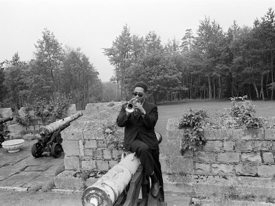 Dizzy Gillespie Jazz Man July 1963 at Fort Belvedere Near Ascot 4.jpg