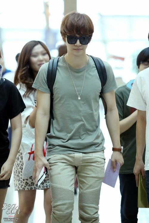 Kpop Stars Airport Fashion Styles Junho 2pm