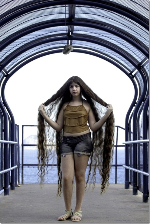 Longest-Hair-Of-12-Year-Old-Brazillian-Girl6