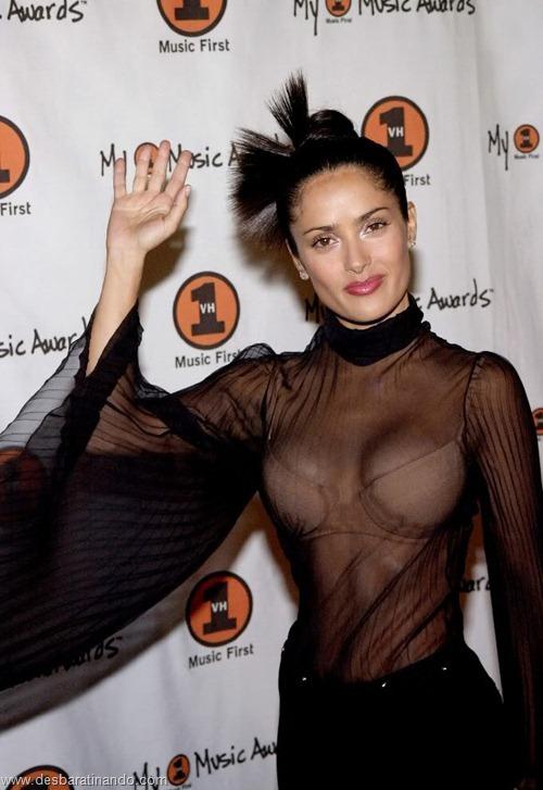 salma hayek linda sensual sexy sedutora gostosa peituda boob tits desbaratinando  (52)