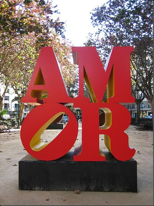 Robert_Indiana_Love_Sculpture