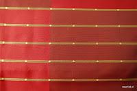 """Butikowa tkanina typu """"tafta"""". W pasy. Na zasłony, poduszki, narzuty, dekoracje. Trudnopalna. Czerwona."""